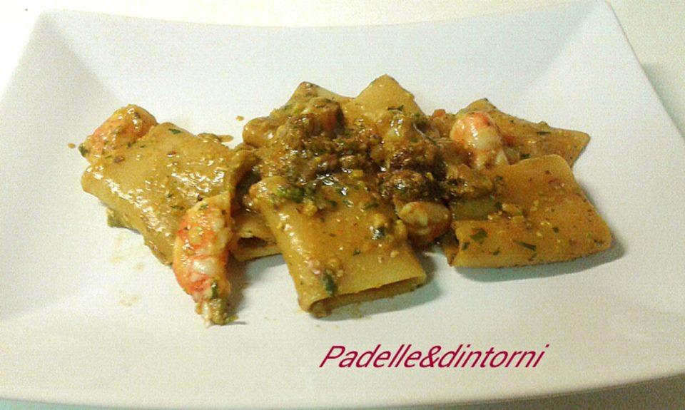 Paccheri Con Pesto Di Pistacchi E Gamberoni Padelle Dintorni