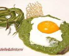 CREMA DI ASPARAGI, UOVO MARINATO E BURRATA (Ricetta dello Chef Cannavacciuolo )